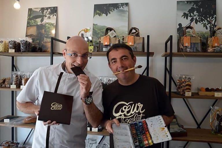 Stéphane Godard et Jean-Pascal Duboil dans le magasin Coeur Chocolat à Talmont-Saint-Hilaire